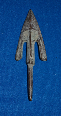 A huge and impressive Ancient Chinese bronze barbed and tanged arrowhead (Warring States Period). SOLD
